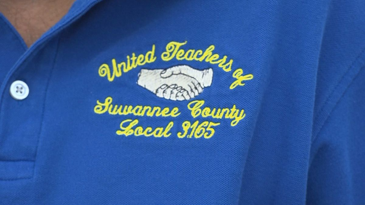 United Teachers of Suwannee County logo